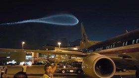 UFO nebo jen mrak? Pracovníky letiště v Miami překvapil zvláštní fenomén