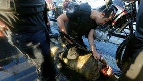 """Bití, mučení i znásilnění obuškem. Turecká policie se prý s pučisty """"nemaže"""""""