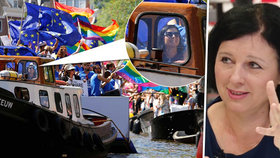 Jourová: Za průvody gayů lidé vidí zvrhlý sex. Sama zářila na duhové lodi