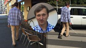 Život se slepeckou holí v Praze: Nástrahy na nevidomé číhají na ulici i v metru