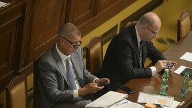 Andrej Babiš (ANO) a Bohuslav Sobotka (ČSSD) ve Sněmovně