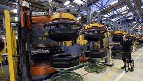 Ceny pneumatik letí vzhůru. Zdražil kaučuk, brání se výrobci
