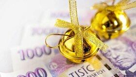 Firmy nadělily Čechům obří vánoční odměny. Proč se na vás nedostalo?