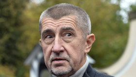 Andrej Babiš EET hájí z plných sil.