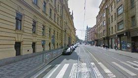 Hned sedm tramvají bude muset jinudy. V sobotu zavřou Spálenou ulici