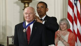 Zemřel legendární astronaut Glenn. Jako první Američan obletěl Zemi