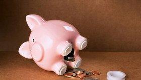 Spoříte si na důchod? Kdy začít a kolik si dávat bokem?