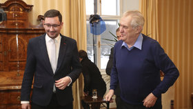 Miloš Zeman s mluvčím Jiřím Ovčáčkem v Lánech
