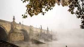 Stavba Karlova mostu trvala dlouho. Dokončili ho za 150 let