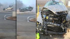 Děsivá nehoda: Řidič přežil zázrakem.