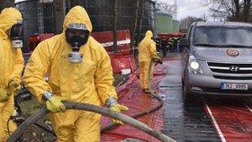 Drůbeží masakr na Chebsku: Veterináři masově vybíjejí zvířata kvůli chřipce