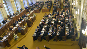 Poslanci po dlouhém maratonu hlasování schválili stavební zákon. (Ilustrační foto)