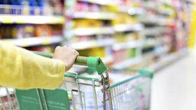 Politici zuří kvůli horšímu jídlu v Česku. Šunty nás uráží, říká expertka