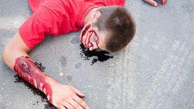 Tragická nehoda: Na Přerovsku srazil osobák chodce, muž (†23) zemřel, dívka je v nemocnici