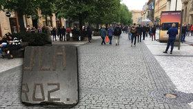 """Místo """"kočičích hlav"""" židovské náhrobky: V Praze po nich nevědomky chodí tisíce lidí"""