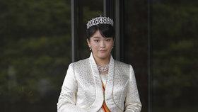 Královská svatba se posouvá: Nic není připraveno, naříká nevěsta