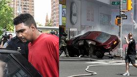 Rojas najel autem do lidí a jednu dívku zranil.