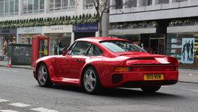 """Porsche zvažuje stopku na naftové motory. """"Žihadla"""" přejdou na nový pohon"""