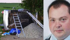 Při nehodě vozu, který řídil opilý exkomunista Václav Šampalík, zemřel spolujezdec.