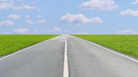 Spekulanti brzdí opravy silnic, za skoupené pozemky chtějí příliš mnoho peněz