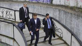 """Dalíkovi zpřísnili trest, po rozsudku utekl. """"Úplný nesmysl,"""" čílil se u soudu"""