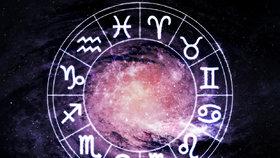 Velký horoskop na srpen: Blížencům a Lvům se bude nesmírně dařit!