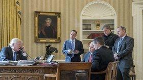 Trumpův hlavní stratég v Bílém domě končí. Bannon měl nálepku rasisty