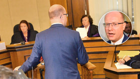 Premiér Bohuslav Sobotka vypovídal u soudu v kauze OKD