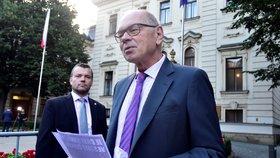 Ministr financí Ivan Pilný (ANO) se domnívá, že kvůli reportážím o finanční správě mohlo dojít k závažné dezinformaci.