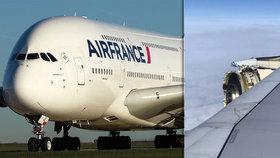 Obřímu Airbusu se rozpadl nad Grónskem motor. Vyděšení pasažéři vše sledovali z okénka