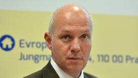 Bývalý velvyslanec ve Francii Pavel Fischer ve čtvrtek oznámí kandidaturu na prezidenta.