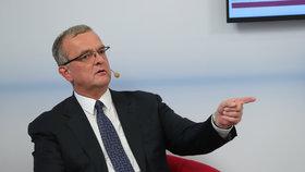 """Kalousek v horkém křesle: """"Profesor demagogiky"""" už skládá vládu bez ANO?"""