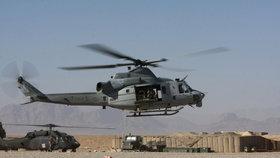 Američané a Italové nabízí Česku vojenské vrtulníky. 12 kusů vyjde na 15 miliard