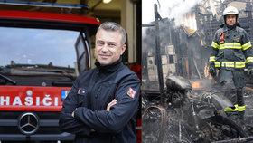 """""""Když přijdu do hotelu, hledám únikové cesty,"""" říká šéf pražských hasičů. Sloužil i v Afghánistánu"""