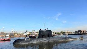 Záhadně zmizelá argentinská ponorka: Příbuzní uspořádali pochod proti vládě a prezidentovi
