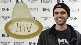 Dobrovolné nakažení HIV jako nejvyšší důkaz lásky. Režisér promluvil o podivném fenoménu