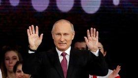 Doživotí za verbování k teroristům. Putin bude trestat jejich propagandu