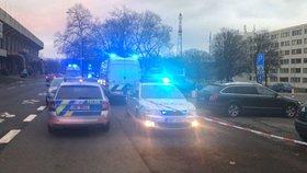 Odložený diplomatický kufřík na Strahově: Policisté místo v okolí nálezu uzavřeli