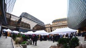 Jarní Dyzajn market se blíží: Nově u Národního divadla koupíte i obrazy
