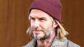 Co se stalo s Davidem Beckhamem? Ze sexy symbolu zanedbaný bezdomovec