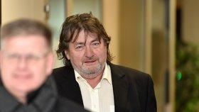 Bývalý hejtman Šulc vyvázl v kauze zlatých padáků u eurodotací s podmínkou