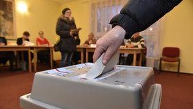 Volba prezidenta je u konce. První data ukazují rekordní zájem voličů