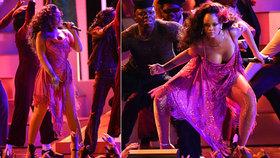 Rihanna divoce tančila na udílení Grammy: Krůček od trapasu!