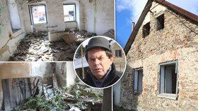 """Ruina uprostřed obce ohrožuje děti. Zoufalý starosta: """"Zbourat ji nesmíme"""""""