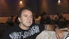 Jakuba Smolíka skolila nemoc: Zrušil koncert pár hodin před začátkem