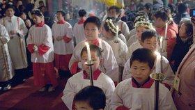Čínští křesťané čekali na azyl v Česku víc než 2 roky. Stát odmítl prvního z nich