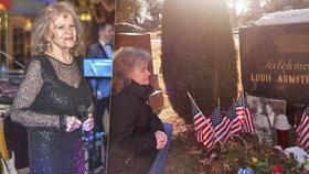 Eva Pilarová navštívila hřbitov v New Yorku! Nad čím hrobem plakala?