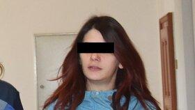 Obžaloba: Porodila syna a ubila ho k smrti! Krutou matku požádal ve vazbě přítel o ruku