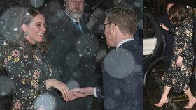 Vévodkyně Kate před porodem riskuje: Na mrazu v lehkých šatech