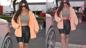 Kim Kardashian se ztrapnila: Postavička jako lusk, ale jen díky photoshopu!